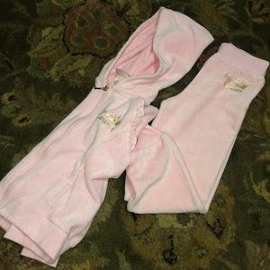 $35 GIRLS JUICY COUTURE PINK  HOODED SWEAT SUIT